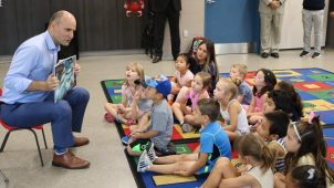 1_Duclos_reading_to_kids_from_Facebook_1140_640_c1_c_c_0_0_1.jpg