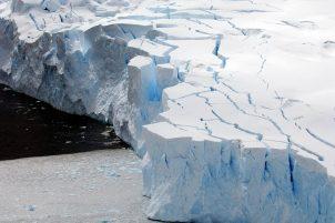 Glacier in Antarctica (Niko Harbour)